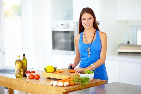 Как правильно питаться, чтобы оставаться стройной