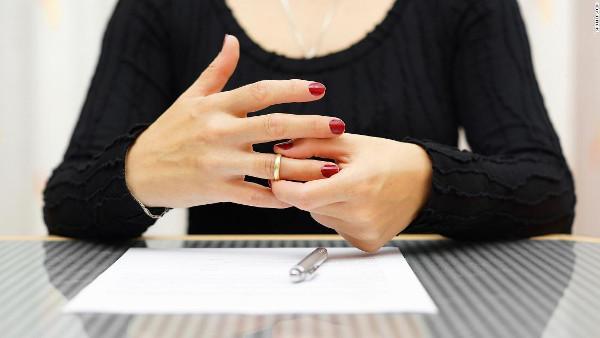 Психологи назвали признаки грядущего развода